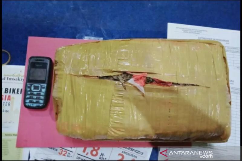 Polisi gagalkan pengiriman 30 kg ganja di Pelabuhan Tanjungkalian