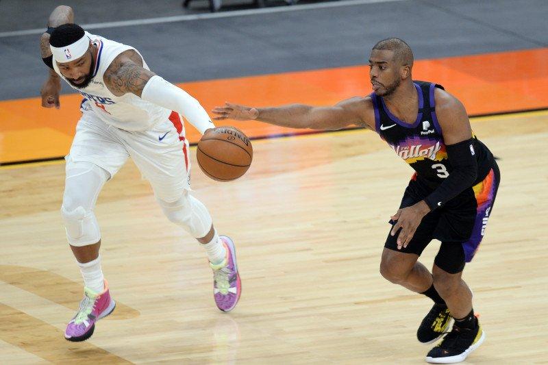 Suns segel satu tiket playoff pertama sejak 2010 usai tekuk Clippers