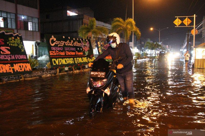 BMKG ingatkan masyarakat waspada banjir rob di wilayah pesisir