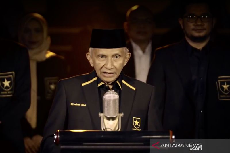 Kemarin, Munarman jadi tersangka hingga Amien deklarasi Partai Ummat