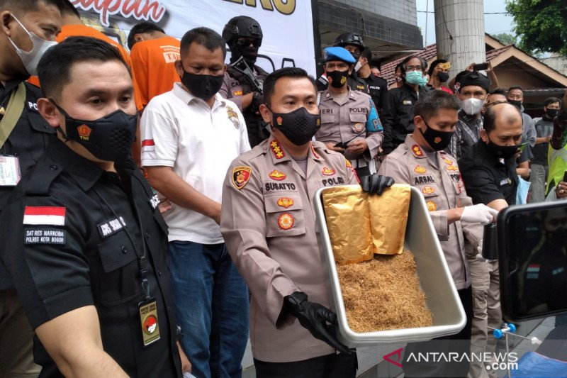 Polresta Bogor Kota bongkar produksi narkoba sintetis di kontrakan