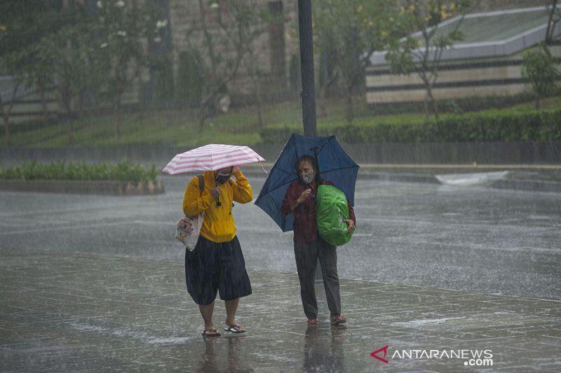 Sabtu, sebagian besar Jakarta diprediksi hujan