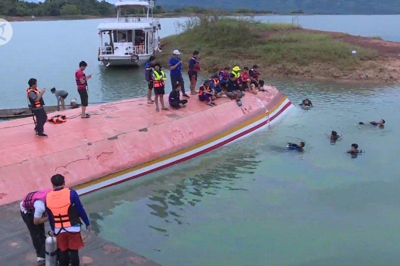 Kecelakaan kapal pesiar tewaskan 8 orang di Danau Nam Ngum Laos