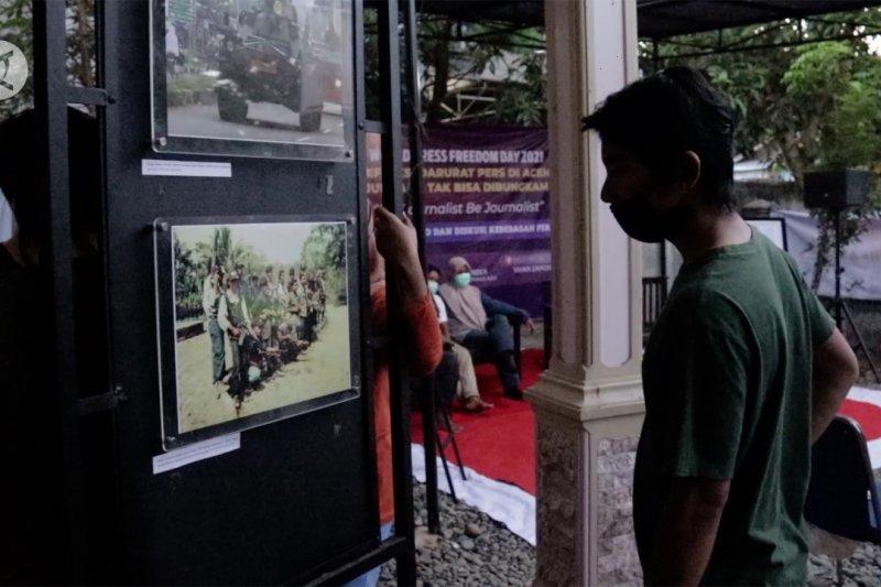 Pameran foto dan diskusi kebebasan pers oleh jurnalis Aceh