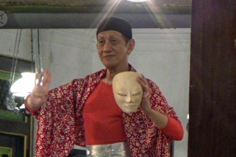 70 penari klasik pentaskan Tari Kelono Topeng