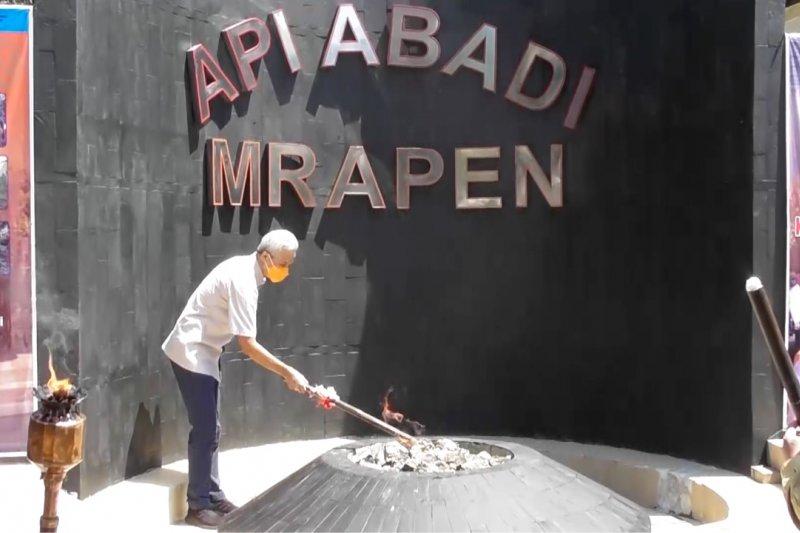 Api abadi Mrapen hidup lagi setelah padam 7 bulan