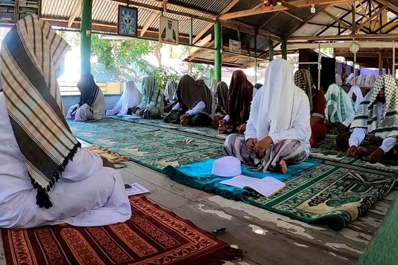Sulok, ibadah spesial Ramadhan untuk penyucian diri