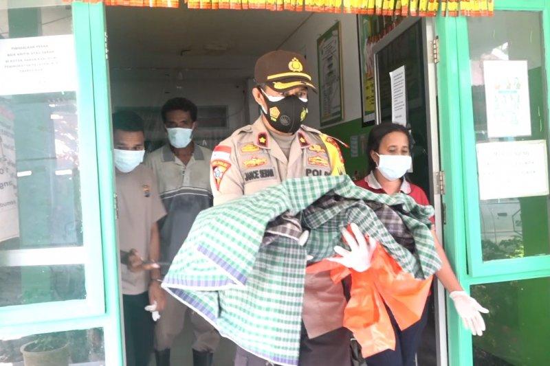 Temukan jenazah bayi, Polres Flores Timur serahkan ke keluarga