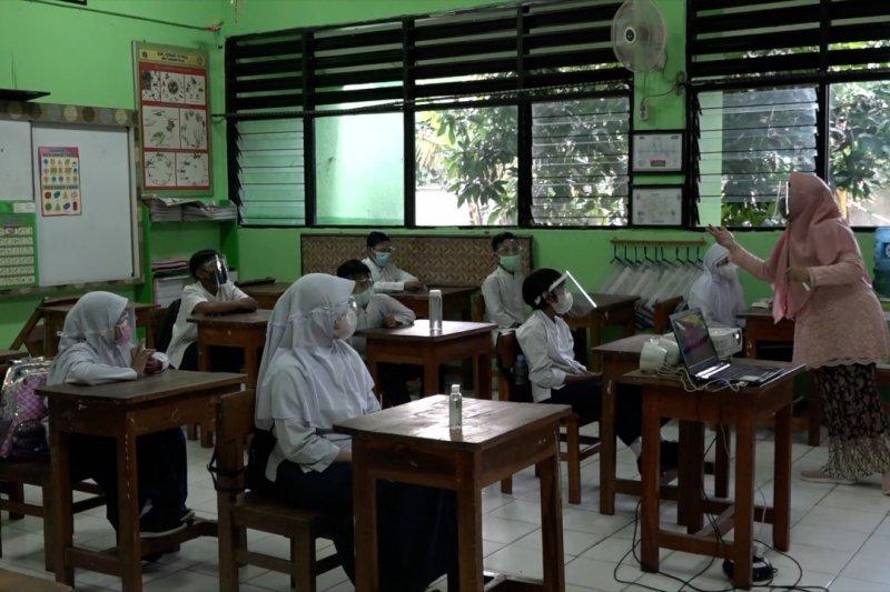 Komentar orang tua siswa terhadap uji coba PTM SD di Jakarta