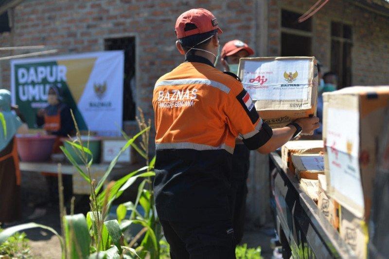 Baznas dan Ajinomoto salurkan bantuan banjir NTT