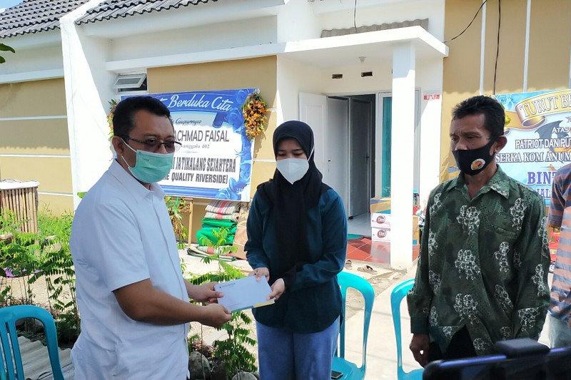 Gubernur NTB santuni Istri ABK KRI Nanggala-402 di Sidoarjo