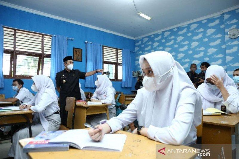 Disdik Riau kembali hentikan sekolah tatap muka
