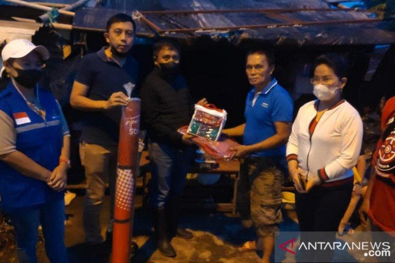 Warga korban longsor-banjir di Minahasa Tenggara-Sulut terima bantuan