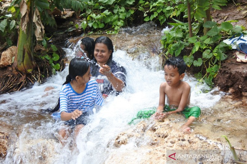 Danau baru menghadirkan peluang baru bagi warga Kota Kupang