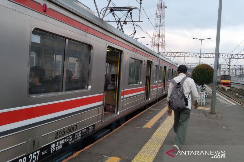 Perjalanan KRL dari Bogor tidak berhenti di Stasiun Tanah Abang