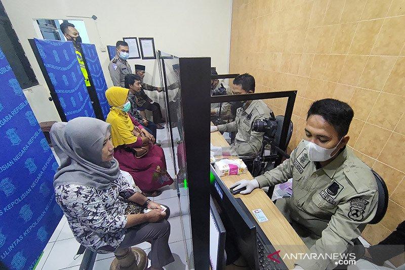 Keluarga korban KRI Nanggala di Tulungagung terima bantuan SIM gratis