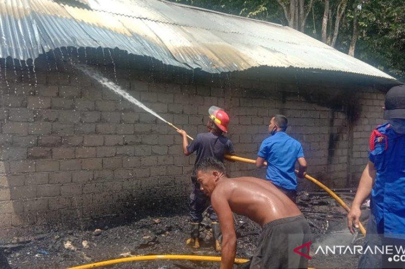 Tiga unit rumah di Dharmasraya ludes terbakar
