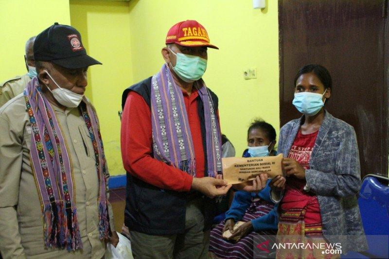 Kemensos salurkan santunan korban bencana alam di Kabupaten Malaka