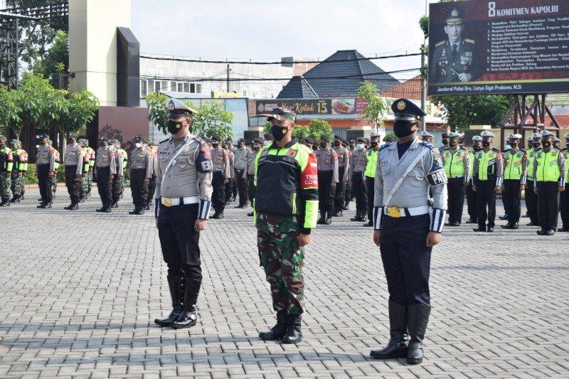 Polresta Sidoarjo siagakan 200 personel di titik penyekatan
