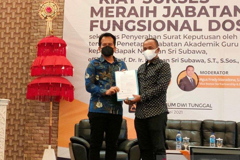 Rektor Undiknas-Denpasar Bali resmi sandang gelar guru besar