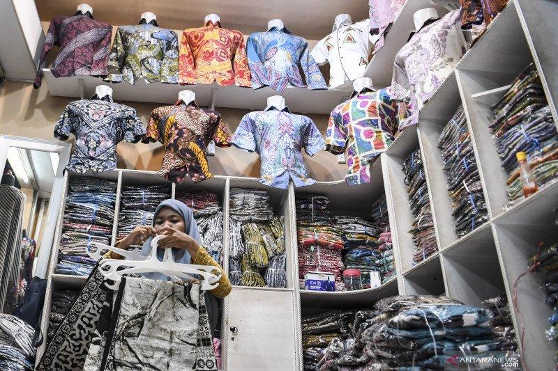 Pedagang batik Pekalongan terdampak pandemi berkepanjangan