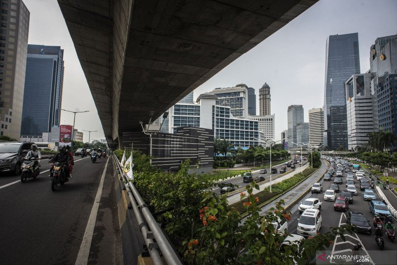 Indef: Perkiraan awal ekonomi RI tumbuh 2 persen pada triwulan II