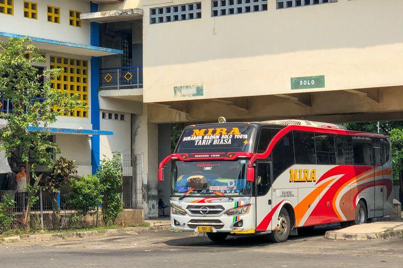 "Bus tanpa stiker khusus ""dihalau"" dari Terminal Giwangan Yogyakarta"