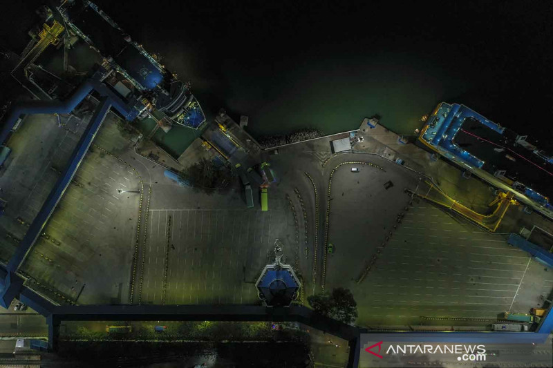 Pelabuhan Merak sepi penumpang