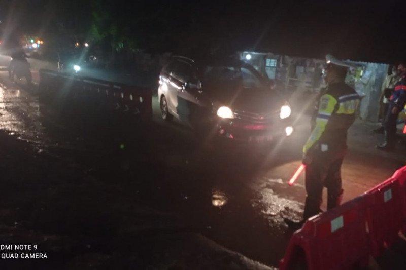 H-5 Lebaran, kendaraan pemudik di perbatasan Lebak-Bogor diminta balik