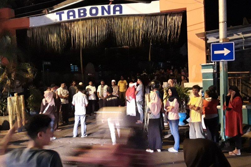 Tradisi malam Ela-ela dipusatkan di Keraton Kesultanan Ternate
