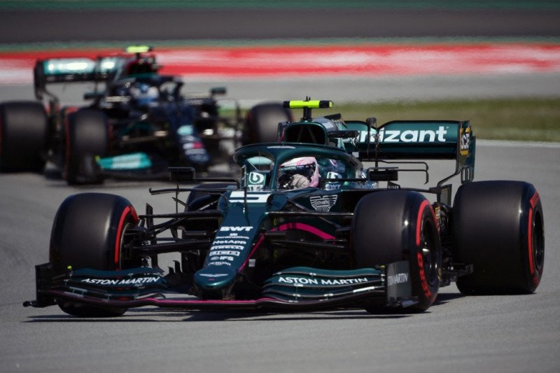 Vettel nikmati progres mobil Aston Martin di Catalunya