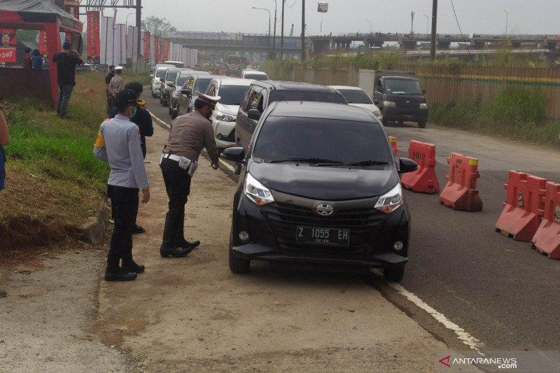 Polisi telah putar balik 836 kendaraan pemudik di Kabupaten Bandung