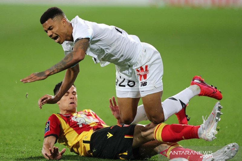 Liga Prancis:  Lille kalahkan RC Lens 3-0