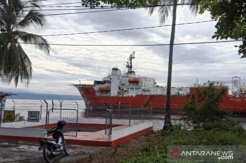 Kapal pemasang kabel fiber optic Telkom tabrak rumpon nelayan di Luwuk