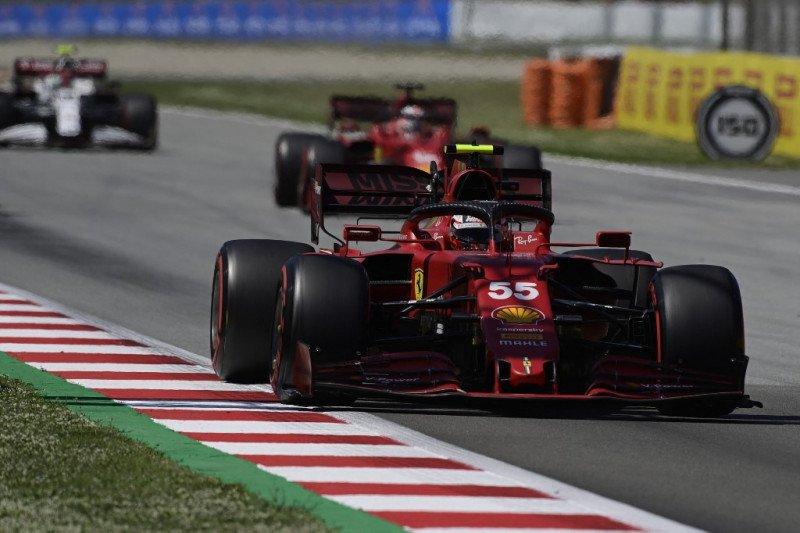 Duet Ferrari berusaha redam McLaren di Catalunya