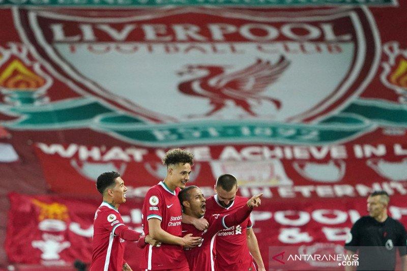 Liverpool atasi Southampton dengan skor 2-0