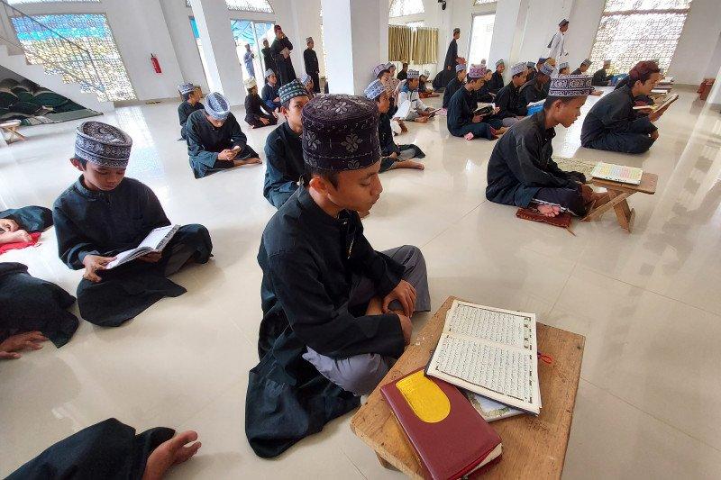 Gudangnya para pencari ilmu, ada di Pesantren Kanzul Ulum Padang