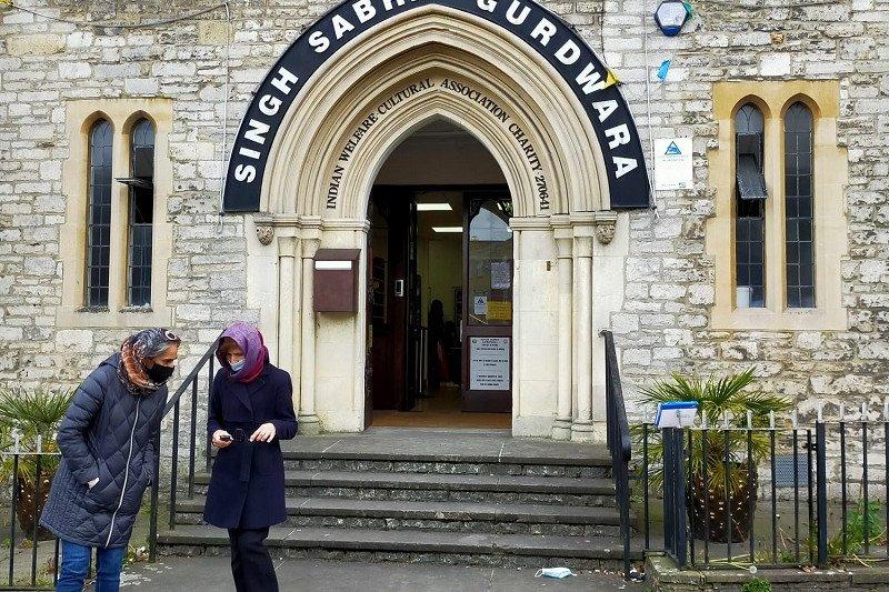 Inggris gandeng kelompok agama sukseskan vaksinasi