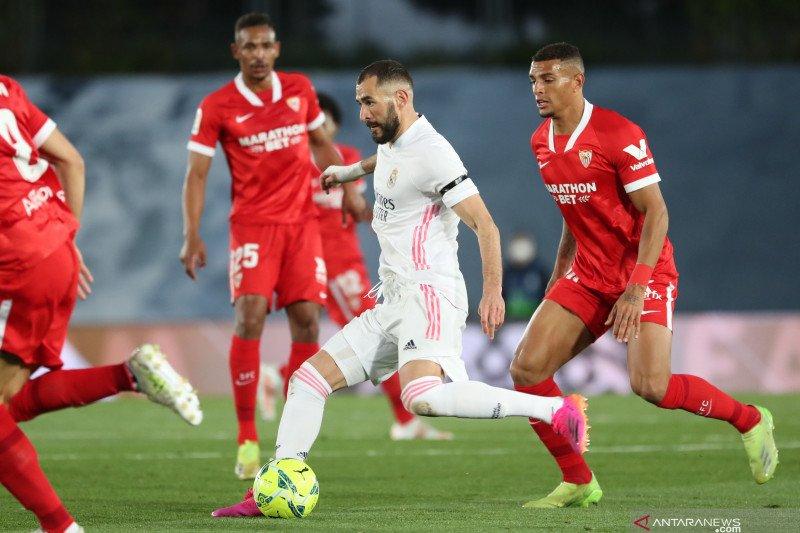 Ditahan imbang Sevilla, Real Madrid gagal puncaki klasemen