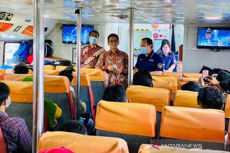 Dubes dan Konjen KJRI Johor Bahru pantau pemulangan WNI
