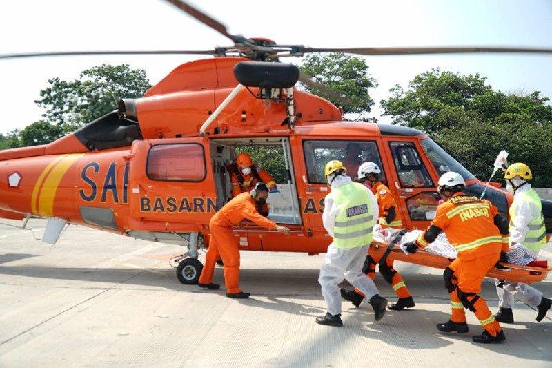 """Jasa Marga - Basarnas simulasi penyelamatan di tol via """"rescue"""" udara"""