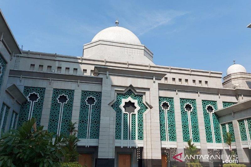 Masjid Raya JIC gelar Shalat Jumat berkapasitas 50 persen