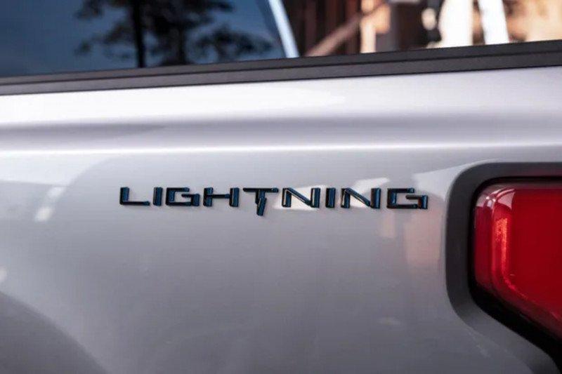 Truk pikap listrik pertama Ford akan dinamai F-150 Lightning
