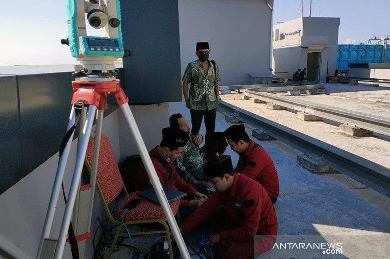 Penentuan 1 Syawal dilakukan di tempat tertinggi di Surabaya
