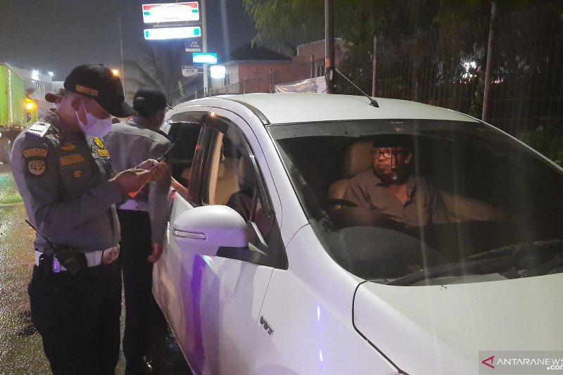 Polisi putar balik 10.735 kendaraan di titik sekat Tangerang-Serang