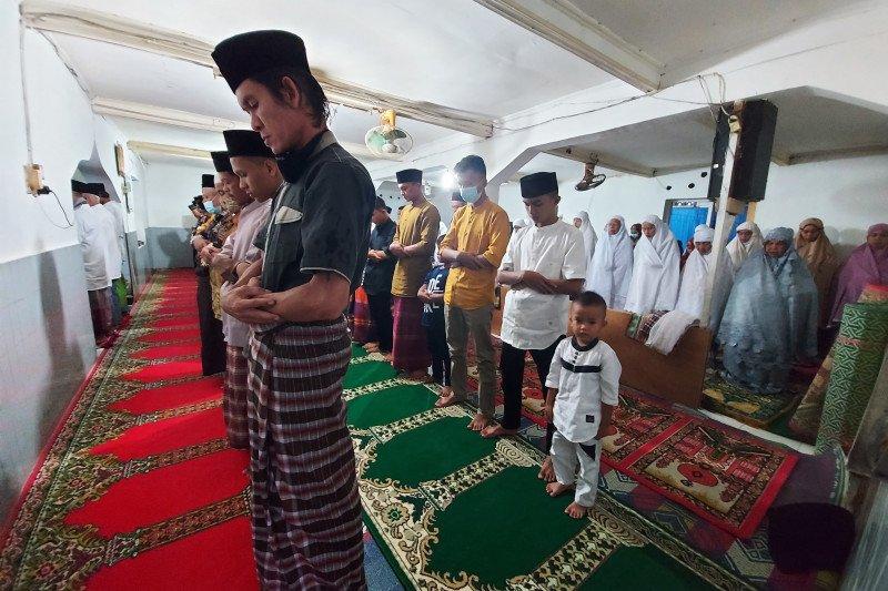 Jamaah Naqshabandiyah Padang sudah merayakan Idul Fitri