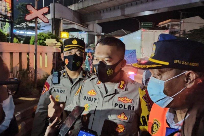 Polres Cilegon amankan puluhan orang ajak mudik lewat WA di Merak