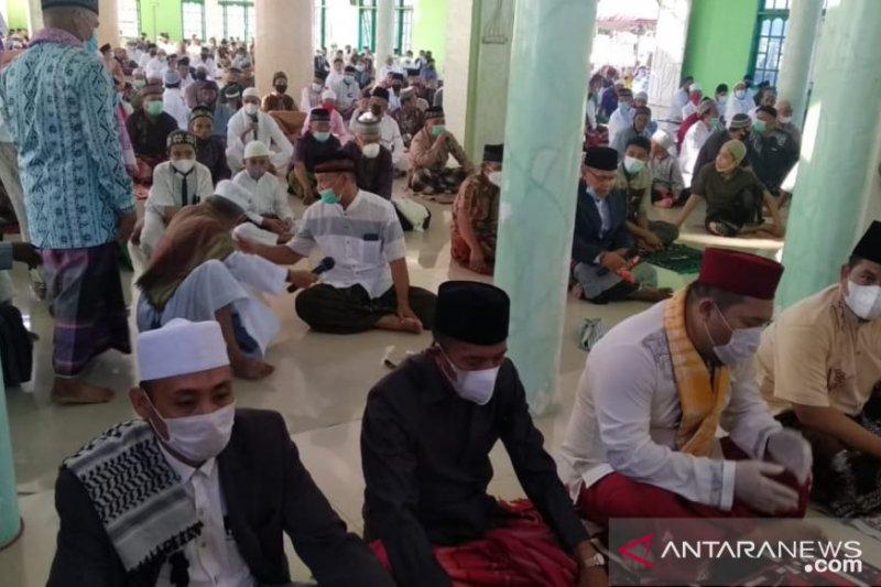 Cegah COVID-19, umat Islam Minahasa Tenggara patuh tak