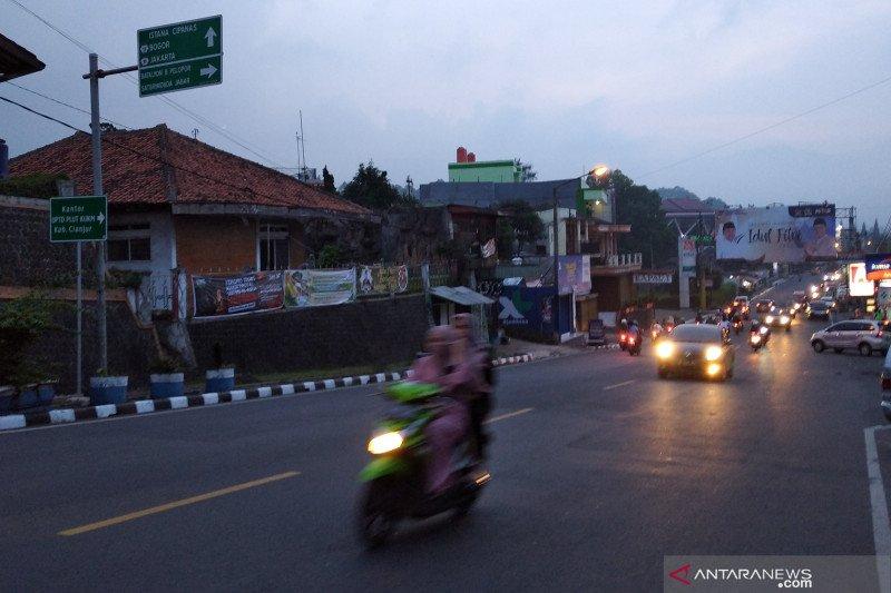 Hingga Kamis malam jalur Puncak-Cianjur masih normal