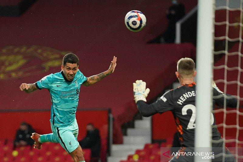 Liga Inggris: MU takluk di kandang 2-4 dari Liverpool